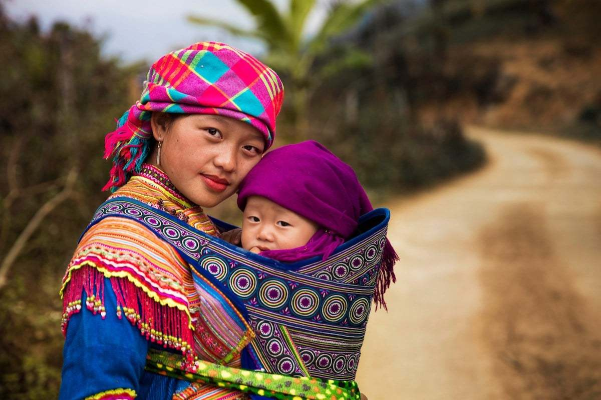 Photographer-Celebrates-the-Unique-Bond-Between-Mother-and-Child-6